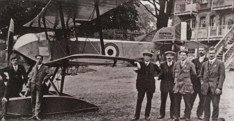 Sopwith-Tabloid-outside-Albany-Boathouse-1916